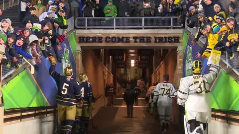 ND hockey falls to rival Michigan in outdoor matchup